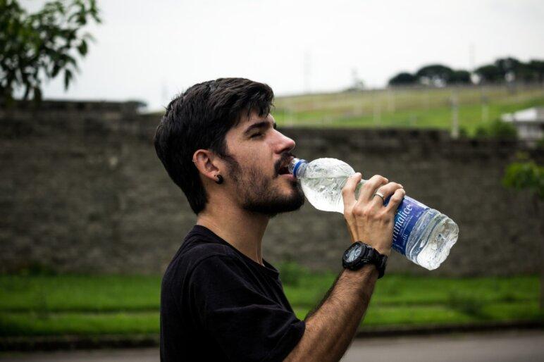 Bottle Bottled Water Drink 907865