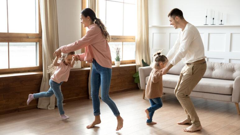 Shutterstock 1570353481